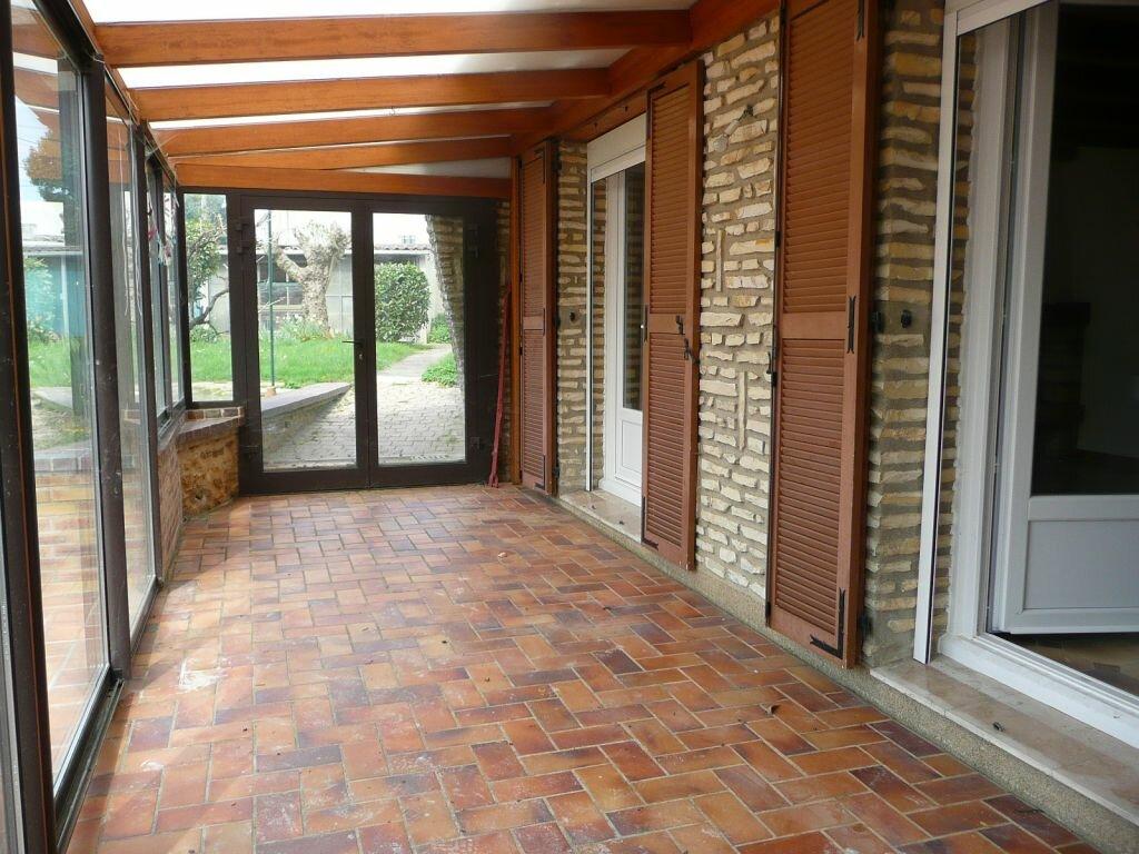 Maison à louer 5 209m2 à Boissy-le-Châtel vignette-9