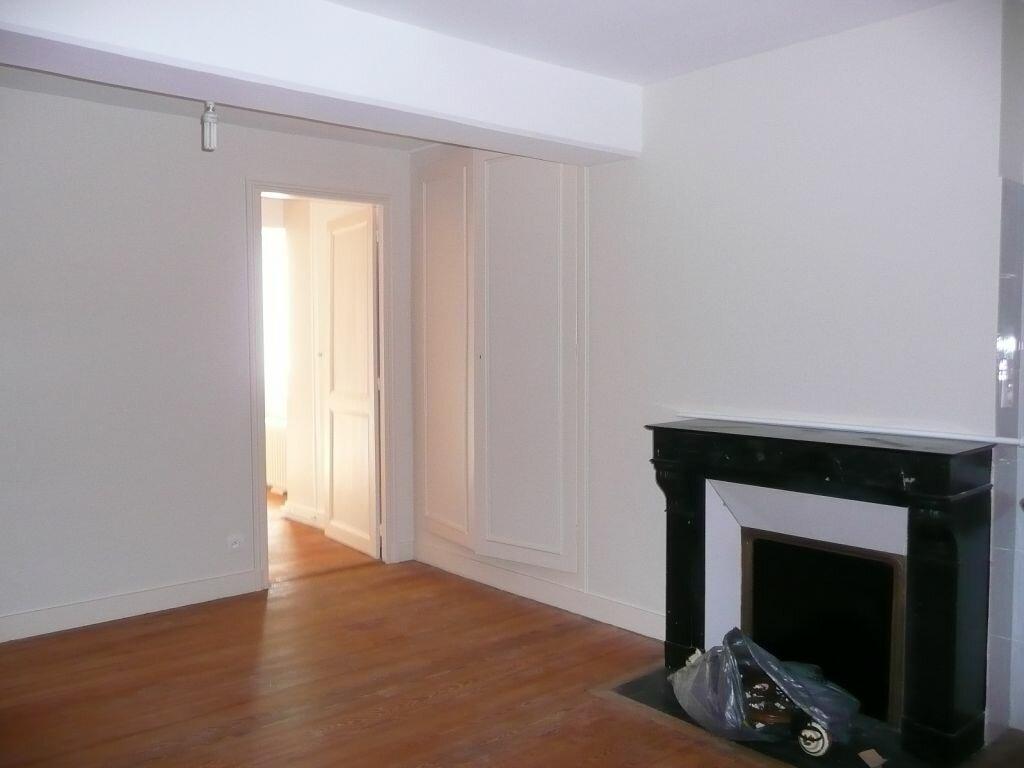 Maison à louer 5 209m2 à Boissy-le-Châtel vignette-15