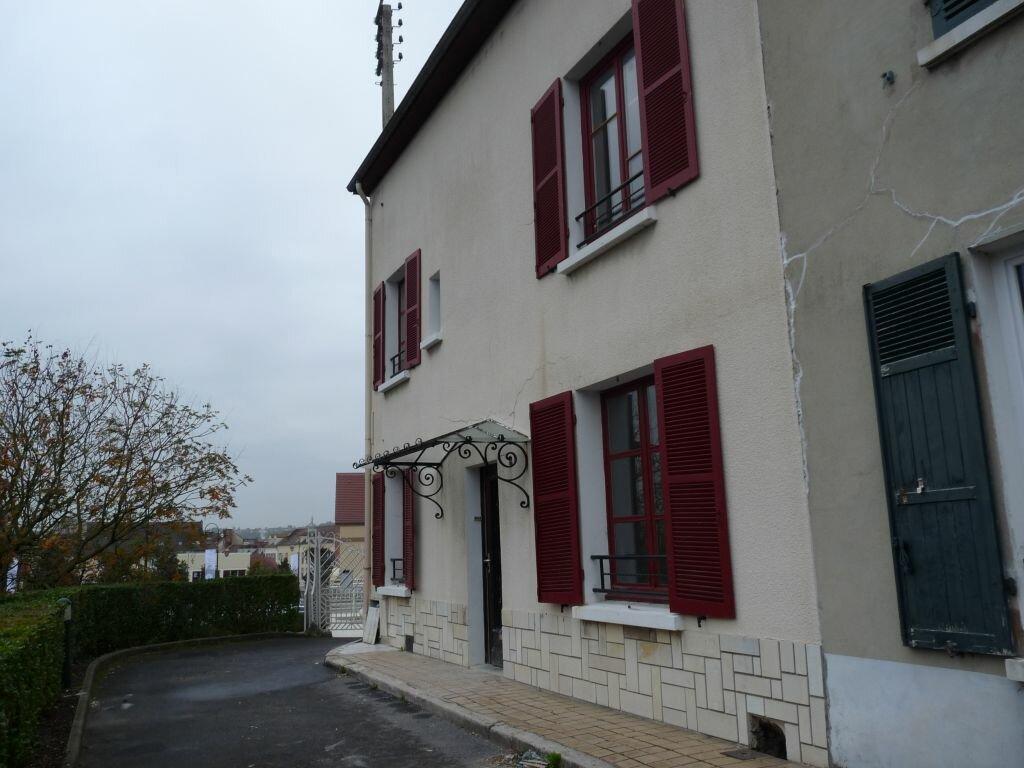 Maison à louer 5 110m2 à Coulommiers vignette-1