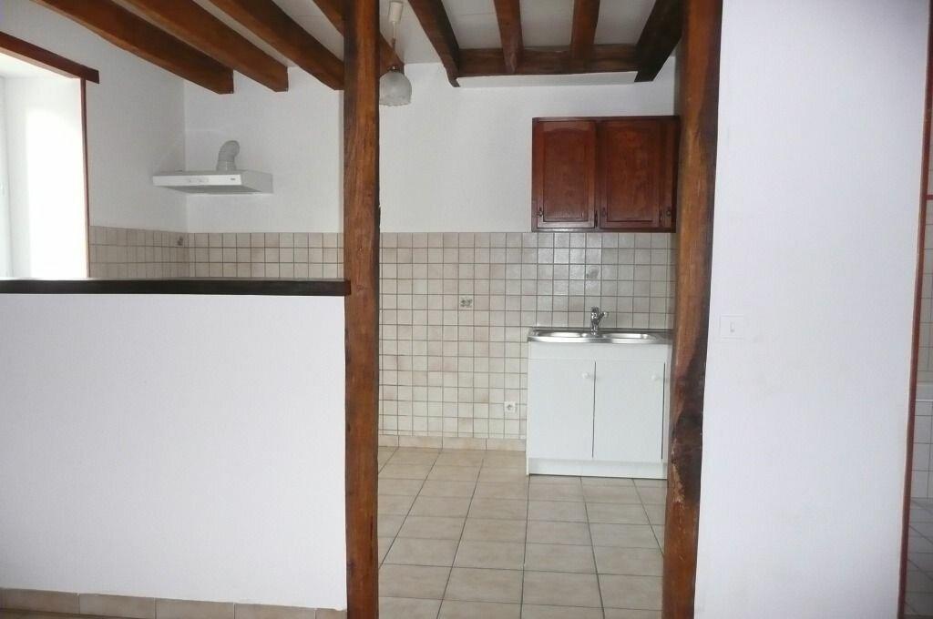 Appartement à louer 4 72.6m2 à Chailly-en-Brie vignette-1