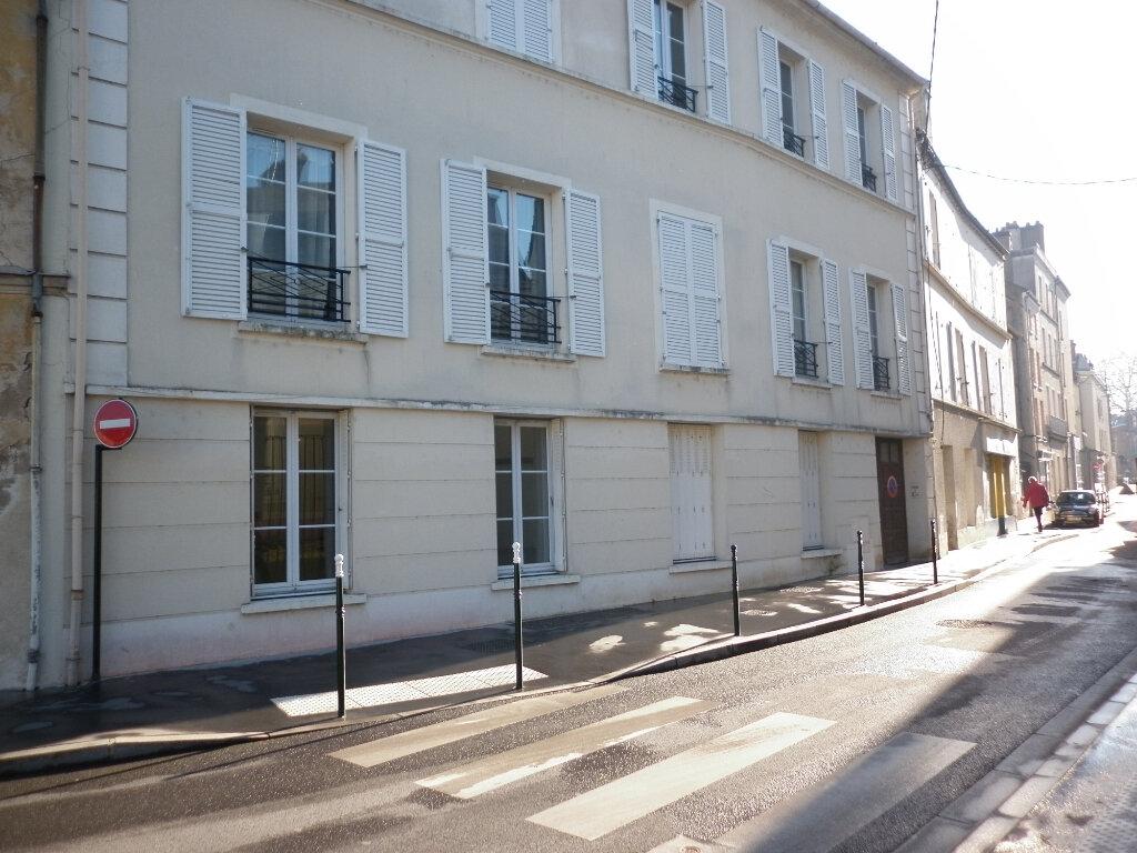 Appartement à louer 4 91.72m2 à Coulommiers vignette-1