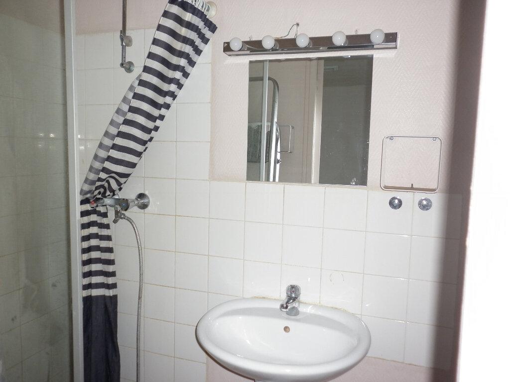 Appartement à louer 1 33.99m2 à Faremoutiers vignette-3
