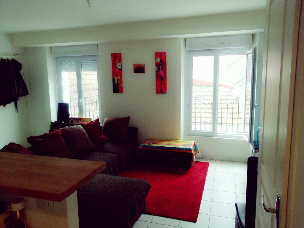 Appartement à louer 2 37.25m2 à Coulommiers vignette-1