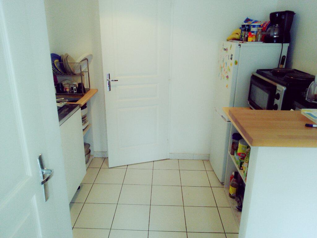 Appartement à louer 2 37.25m2 à Coulommiers vignette-4
