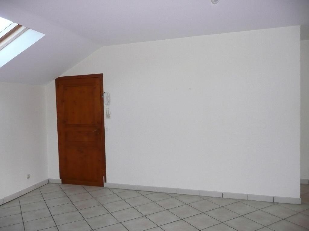 Appartement à louer 3 64m2 à Chailly-en-Brie vignette-3