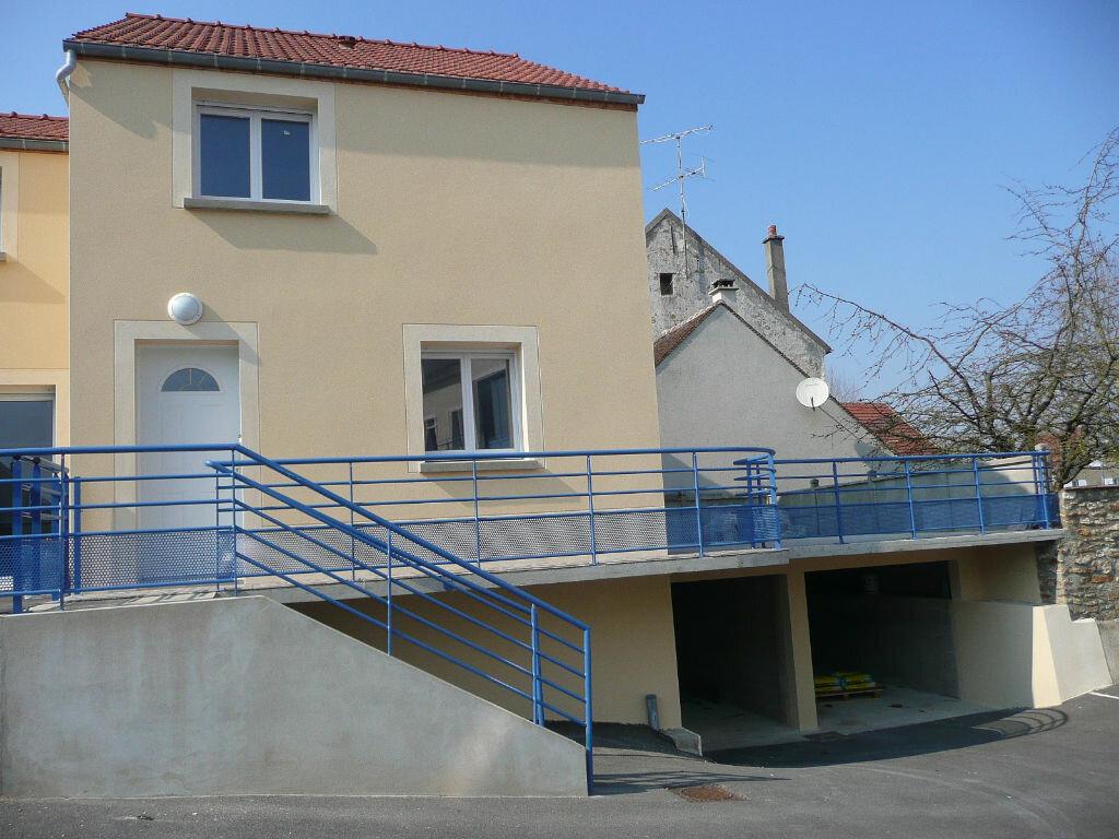 Maison à louer 4 73m2 à Coulommiers vignette-2
