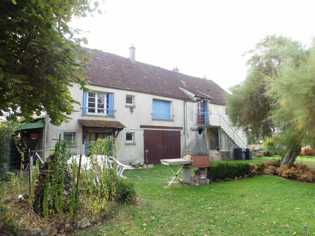 Maison à vendre 7 200m2 à Coulommiers vignette-1