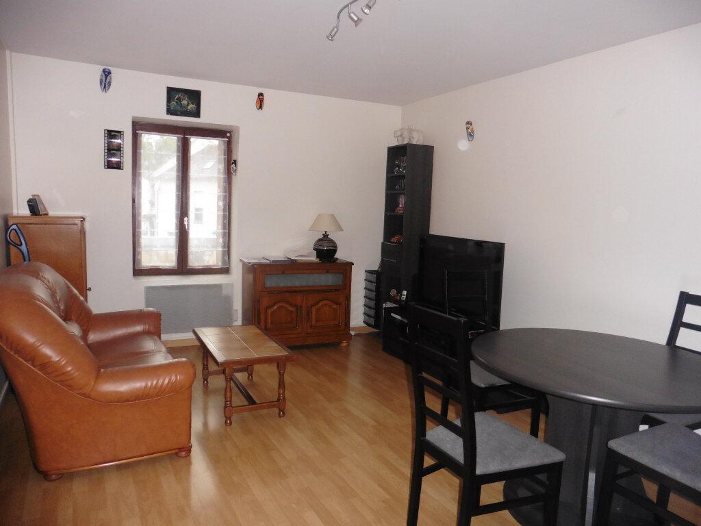 Appartement à vendre 2 35m2 à Pommeuse vignette-1