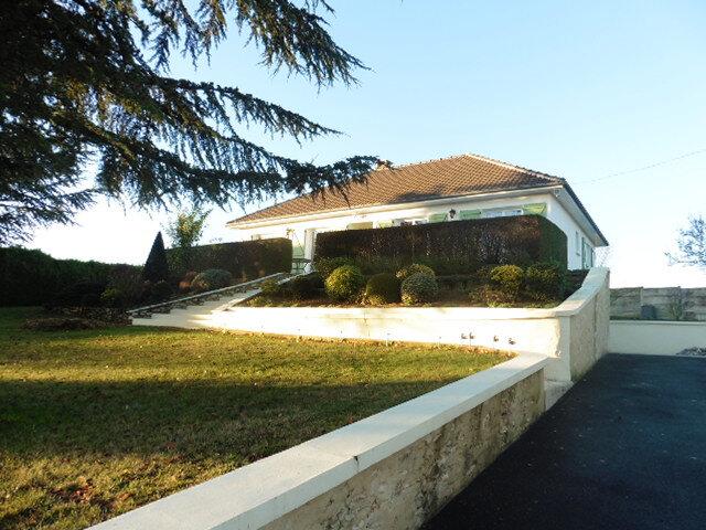 Maison à vendre 5 104m2 à La Ferté-Gaucher vignette-1