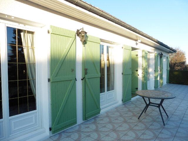 Maison à vendre 5 104m2 à La Ferté-Gaucher vignette-2