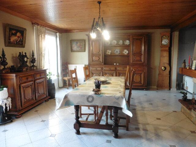 Maison à vendre 5 104m2 à La Ferté-Gaucher vignette-11