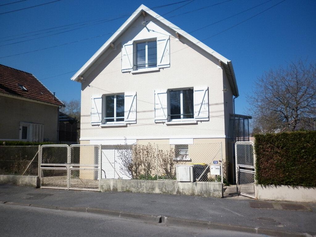 Maison à louer 4 72m2 à Coulommiers vignette-12