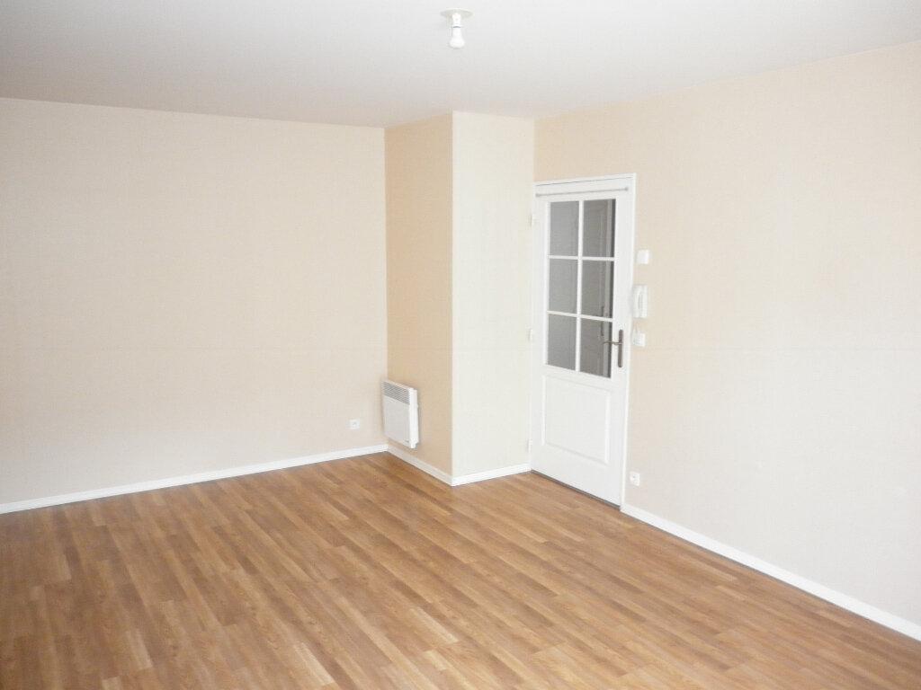 Appartement à louer 2 44.97m2 à Coulommiers vignette-2