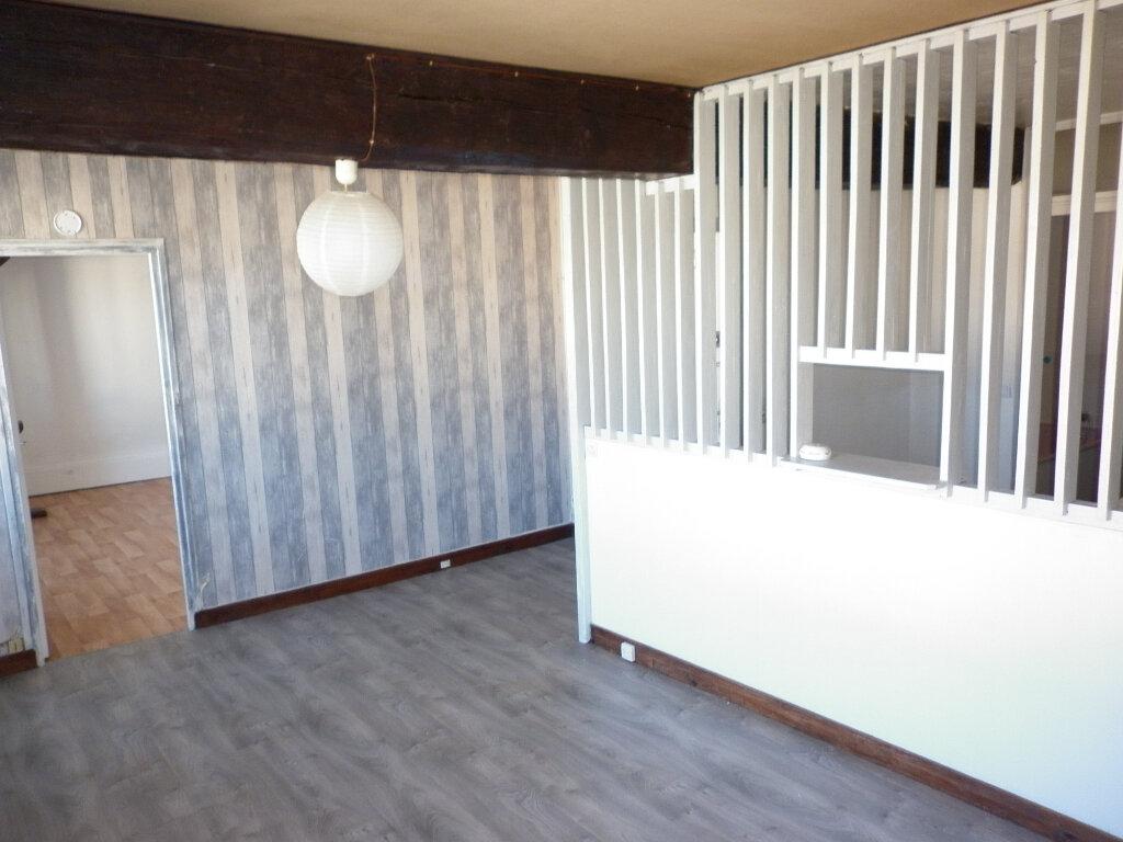 Appartement à louer 2 44.19m2 à Coulommiers vignette-1