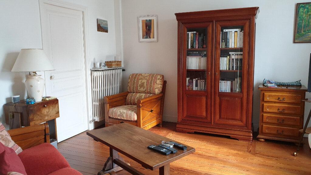 Maison à vendre 6 124m2 à Coulommiers vignette-2