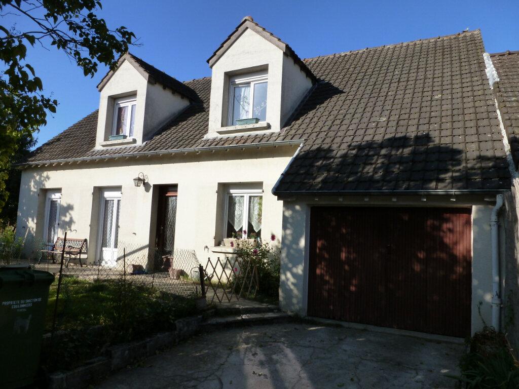 Maison à vendre 6 111m2 à Coulommiers vignette-1