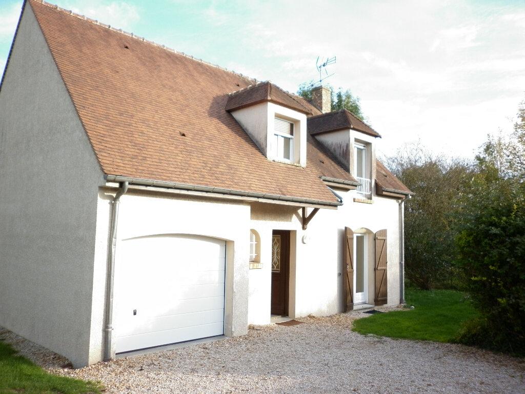 Maison à louer 4 92m2 à Mouroux vignette-1