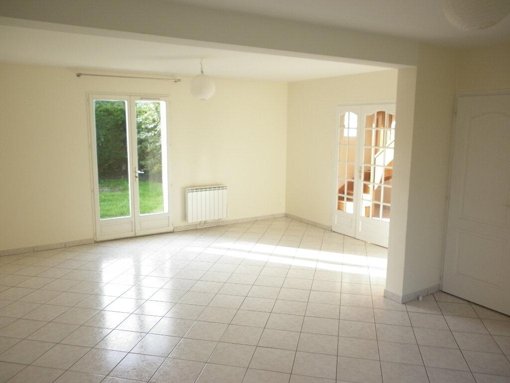 Maison à louer 4 92m2 à Mouroux vignette-4