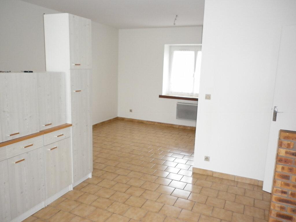 Appartement à louer 2 50m2 à Coulommiers vignette-2
