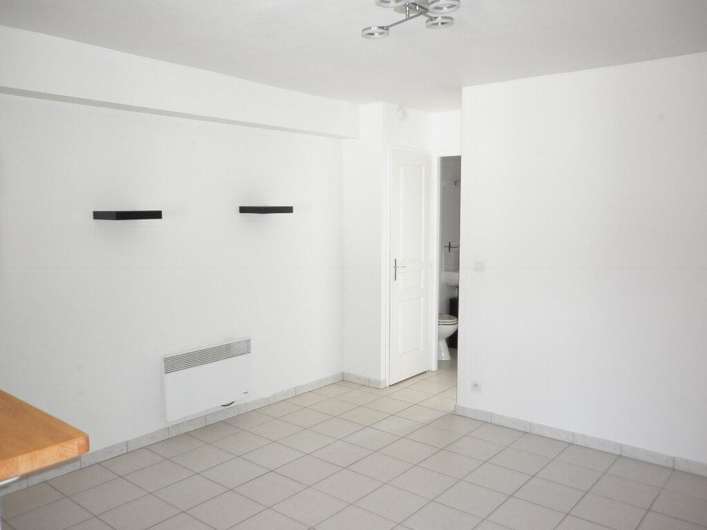 Appartement à louer 2 35.71m2 à Coulommiers vignette-5