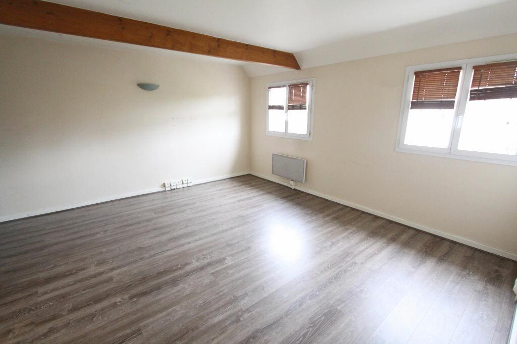 Appartement à louer 2 42.17m2 à Les Mureaux vignette-4