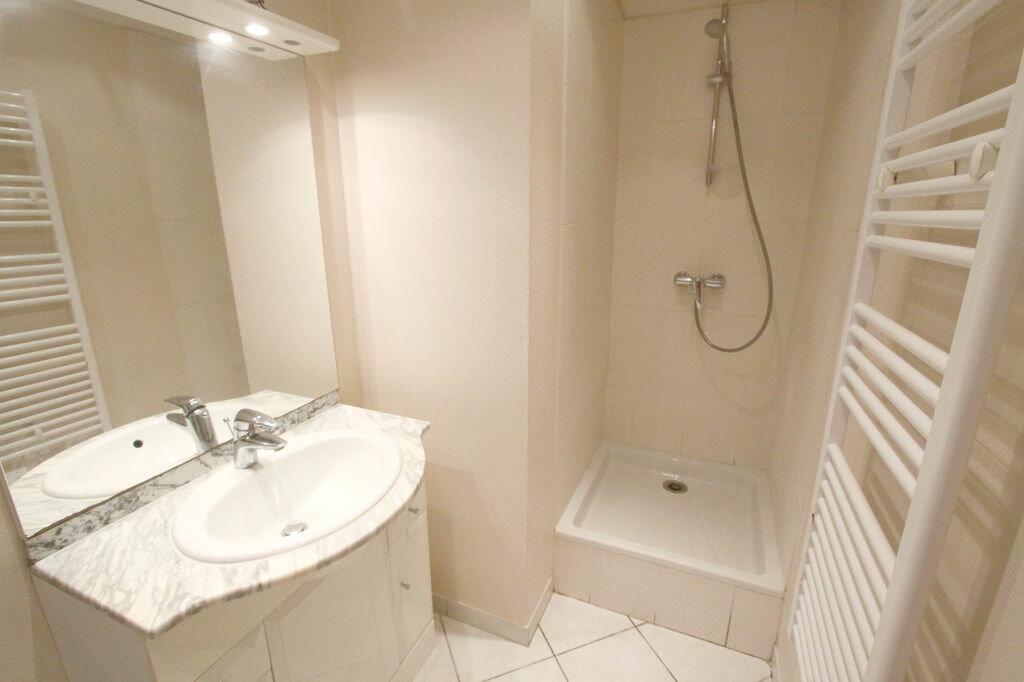 Appartement à louer 2 42.17m2 à Les Mureaux vignette-5