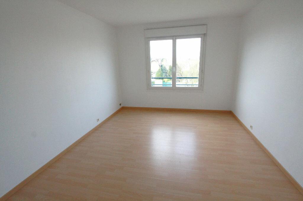 Appartement à louer 1 31.33m2 à Les Mureaux vignette-1