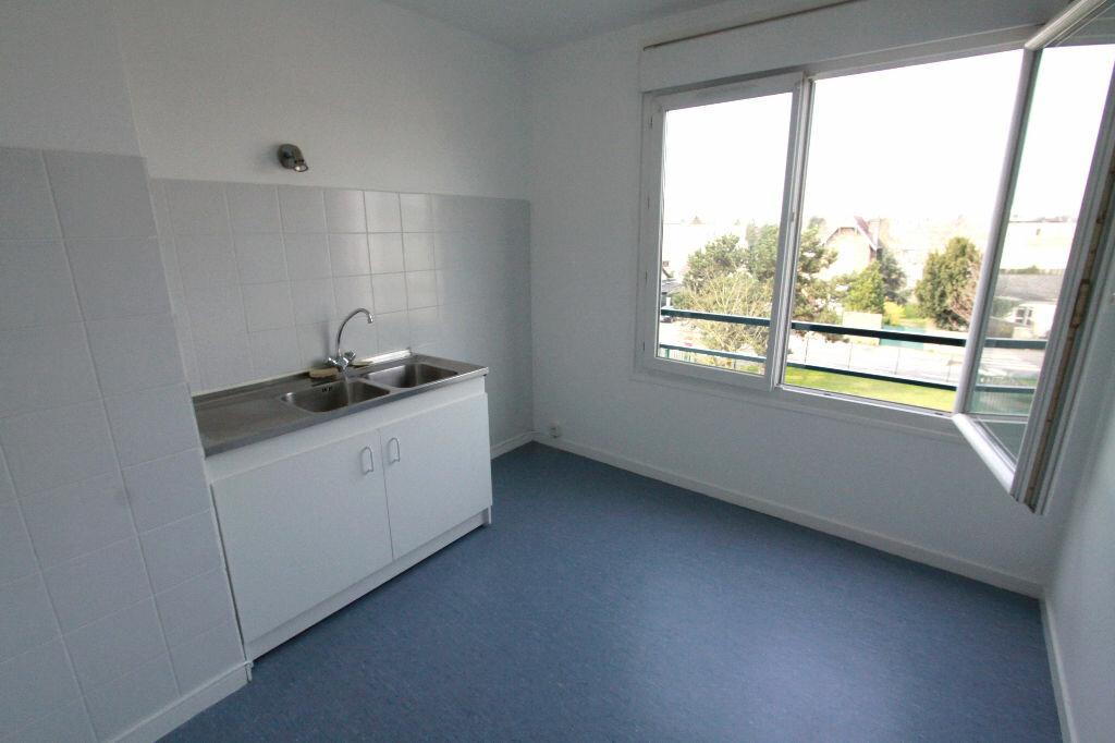 Appartement à louer 1 31.33m2 à Les Mureaux vignette-2