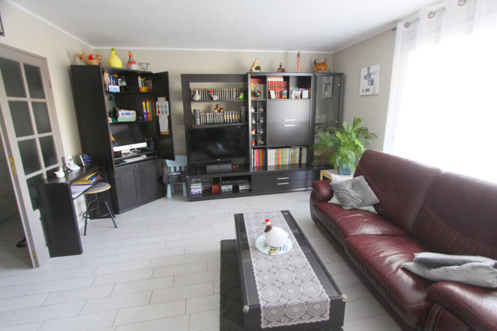 Appartement à vendre 4 81.41m2 à Les Mureaux vignette-1