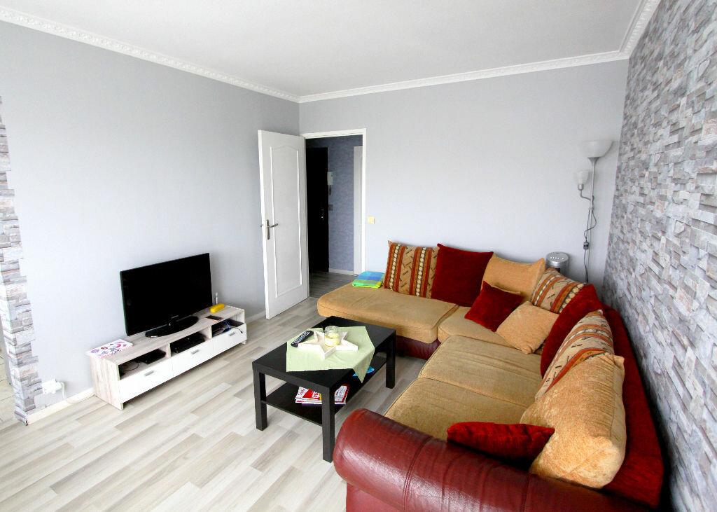 Appartement à vendre 4 73.02m2 à Les Mureaux vignette-3