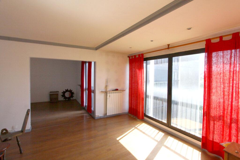 Appartement à vendre 5 98.22m2 à Les Mureaux vignette-1