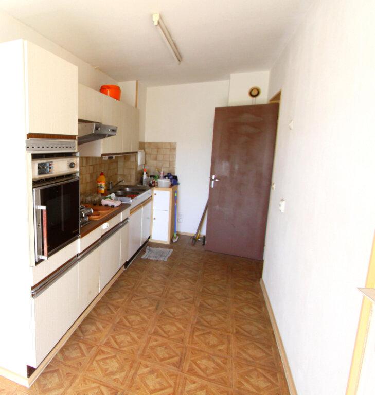 Appartement à vendre 5 98.22m2 à Les Mureaux vignette-2