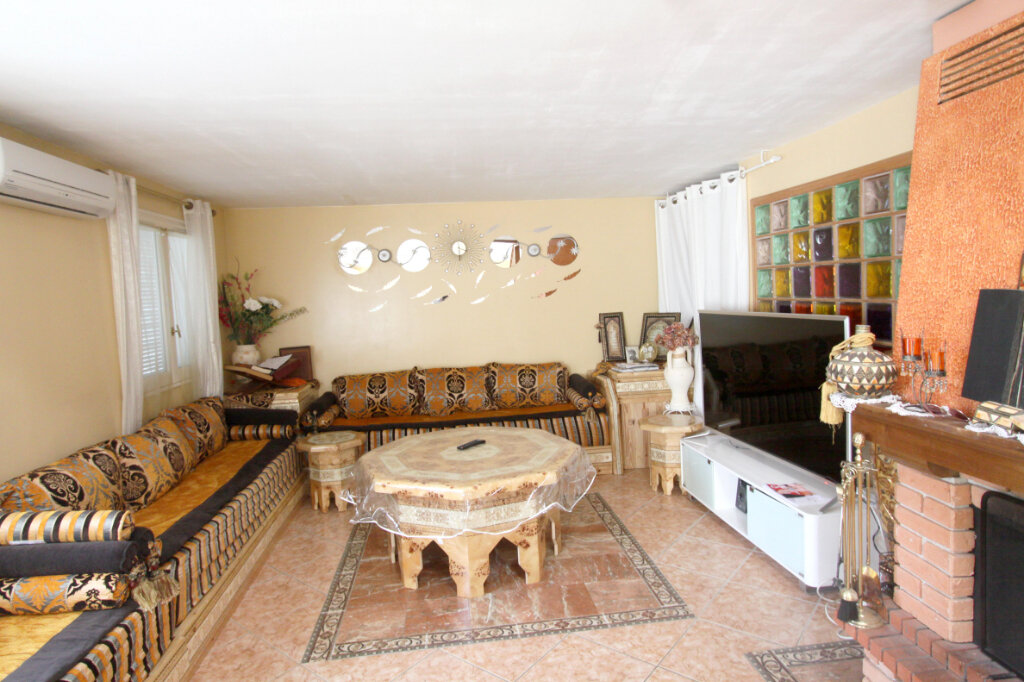 Maison à vendre 6 125m2 à Les Mureaux vignette-4