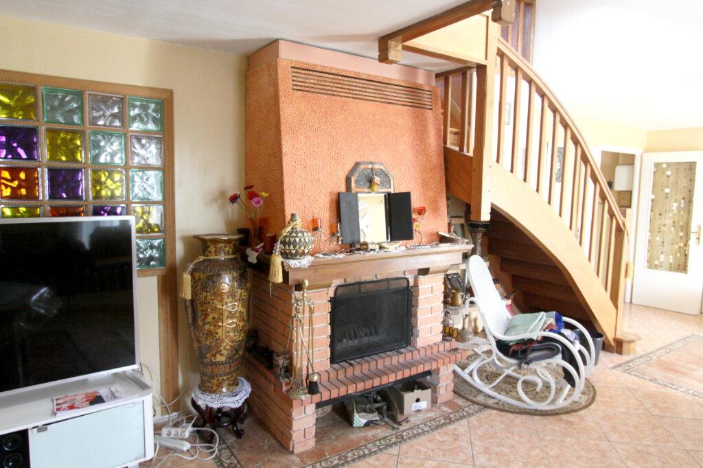 Maison à vendre 6 125m2 à Les Mureaux vignette-5
