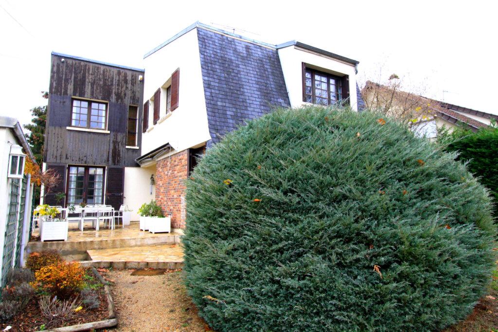 Maison à vendre 8 155m2 à Les Mureaux vignette-2