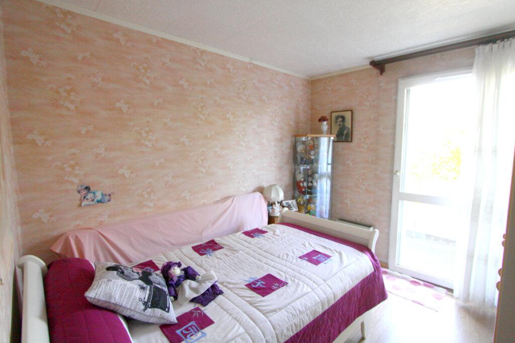 Appartement à vendre 4 81.43m2 à Les Mureaux vignette-7