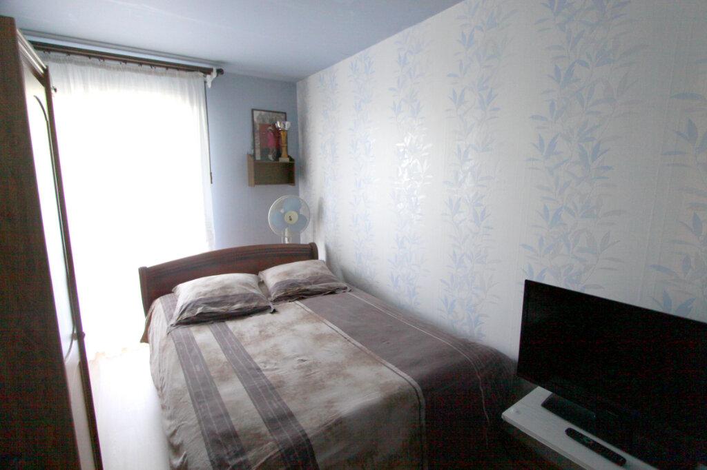 Appartement à vendre 4 81.43m2 à Les Mureaux vignette-8