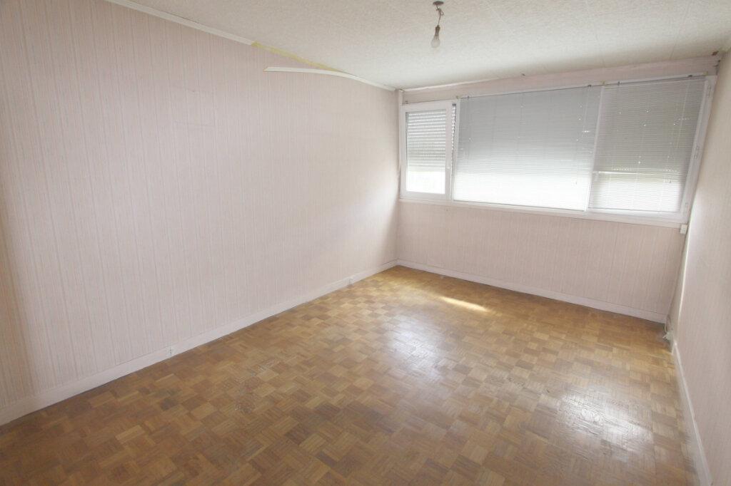 Appartement à vendre 4 82.64m2 à Les Mureaux vignette-6