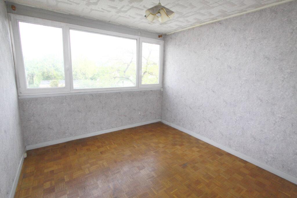Appartement à vendre 4 82.64m2 à Les Mureaux vignette-7