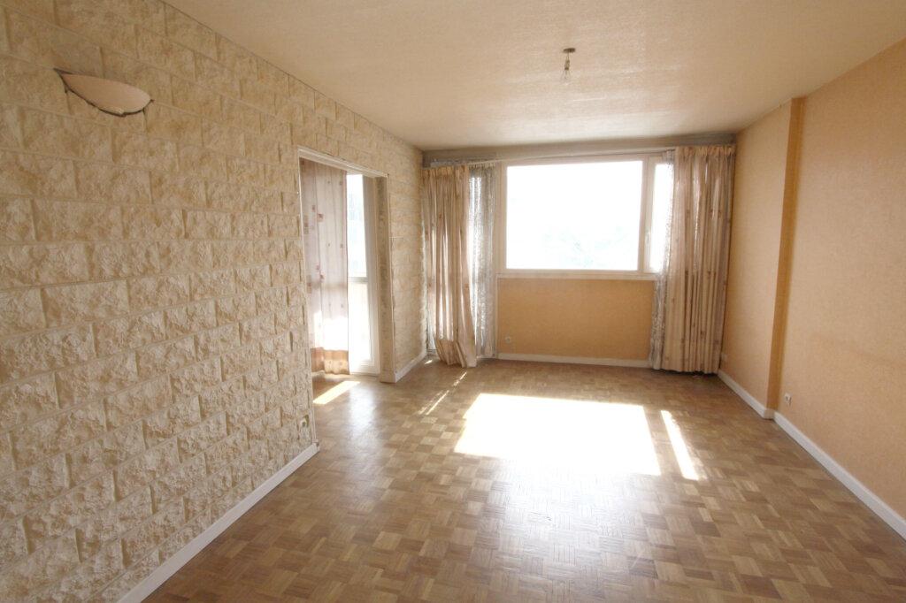 Appartement à vendre 5 95.29m2 à Les Mureaux vignette-4