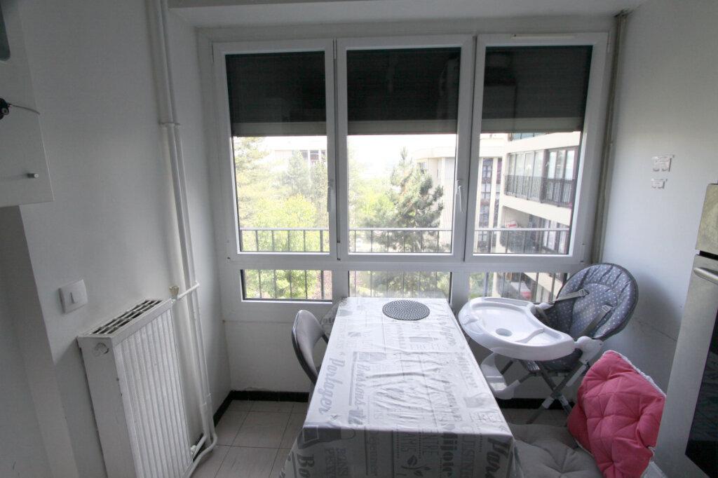 Appartement à vendre 3 60.02m2 à Les Mureaux vignette-3