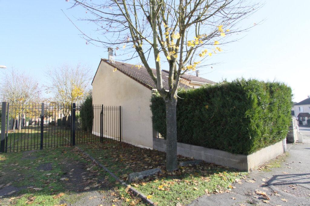 Maison à vendre 4 88.04m2 à Les Mureaux vignette-2