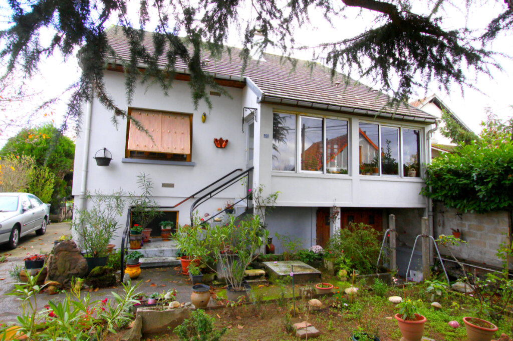 Maison à vendre 5 98m2 à Les Mureaux vignette-1