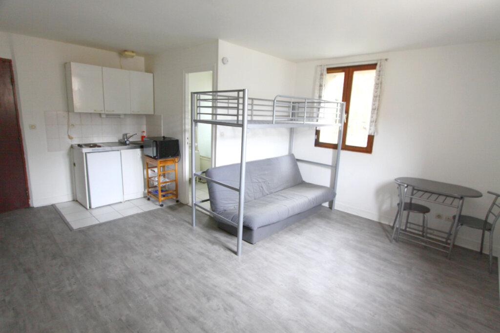 Appartement à louer 1 21.66m2 à Meulan-en-Yvelines vignette-1