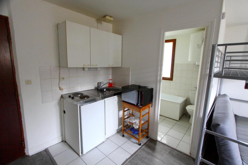 Appartement à louer 1 21.66m2 à Meulan-en-Yvelines vignette-3