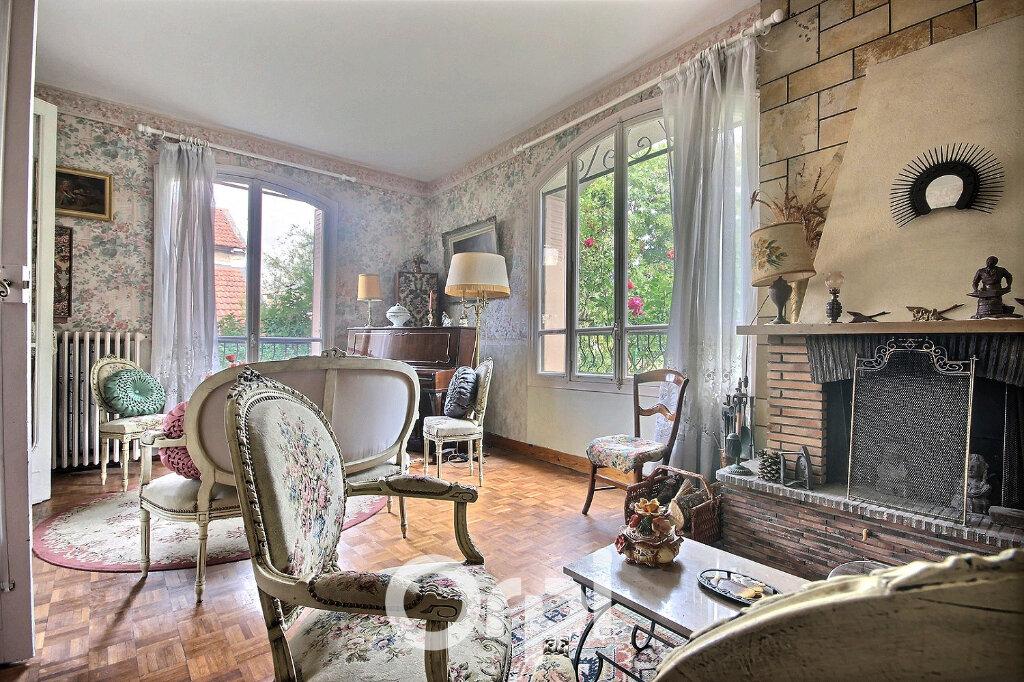 Maison à vendre 7 143m2 à Chaville vignette-6