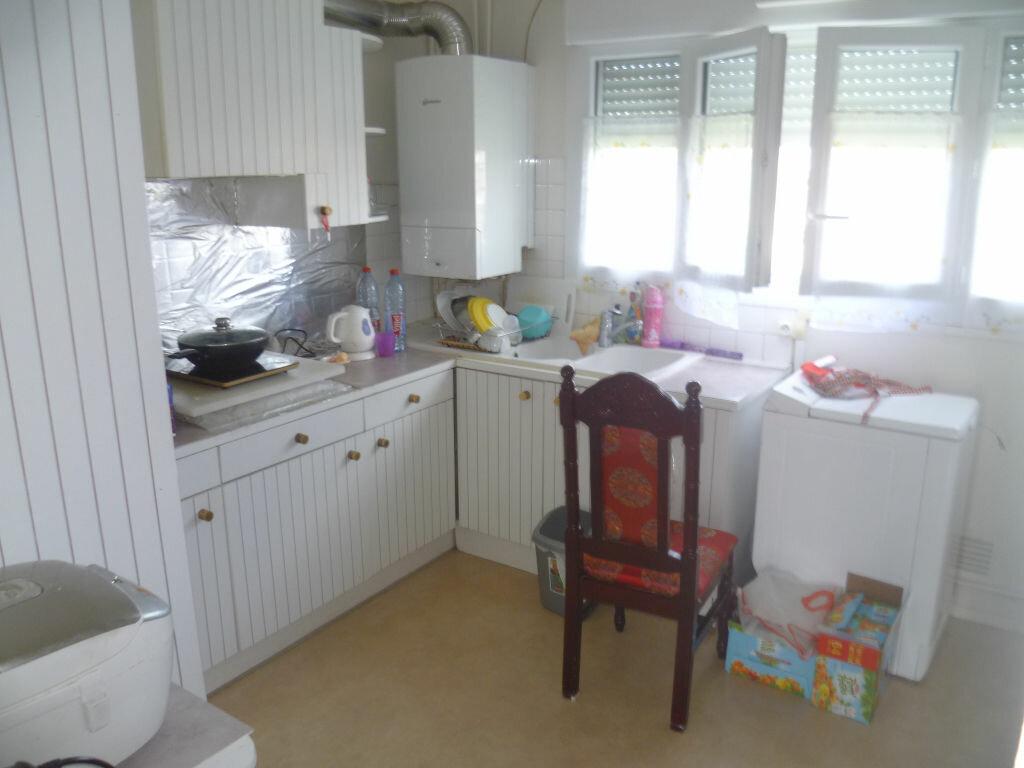 Appartement à vendre 4 72.7m2 à Épernay vignette-4