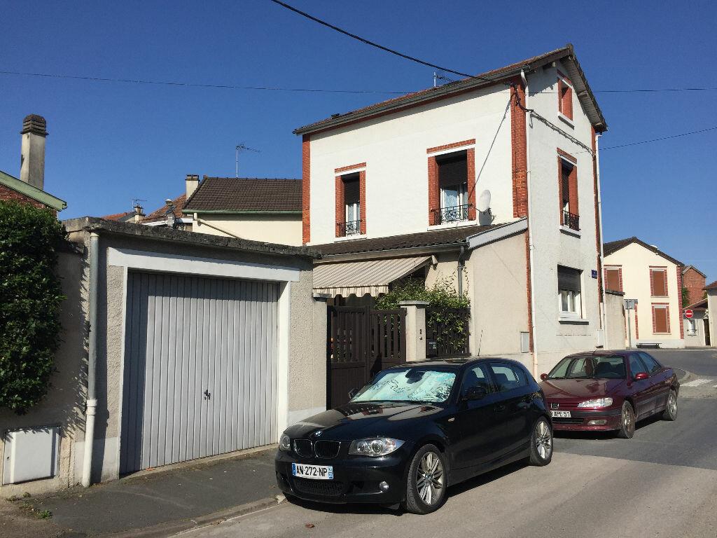 Maison à vendre 4 92m2 à Magenta vignette-1