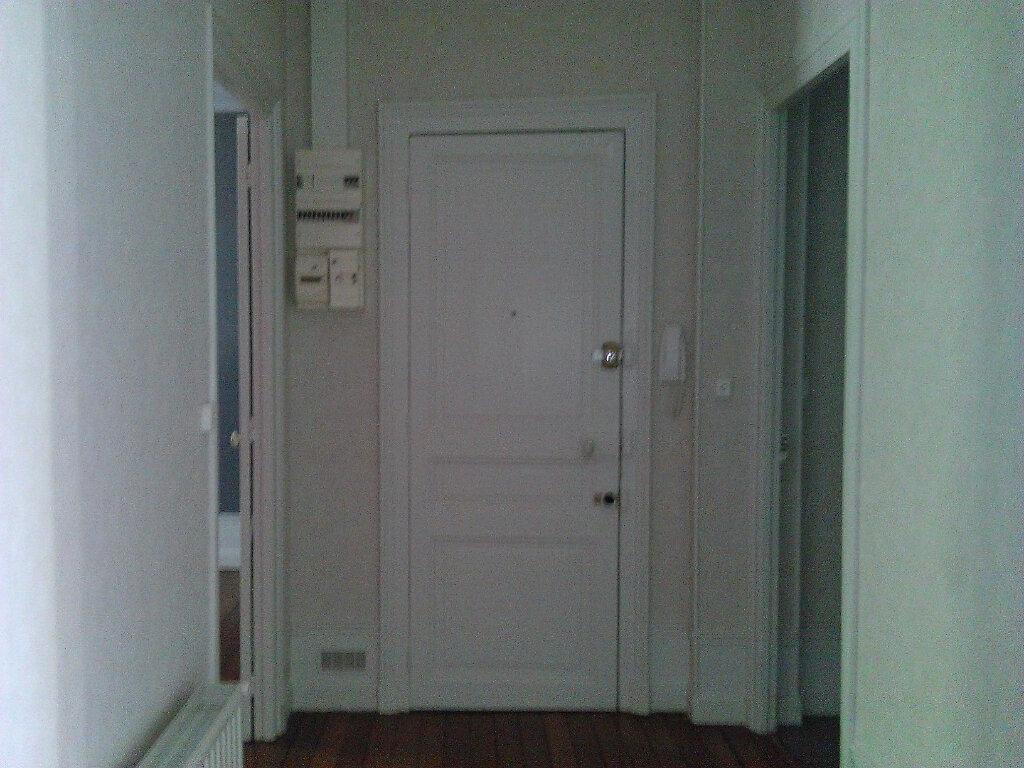 Appartement à louer 3 92m2 à Épernay vignette-2