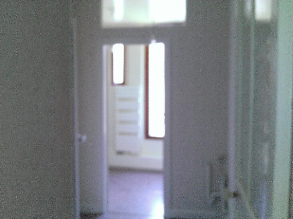 Appartement à louer 3 92m2 à Épernay vignette-7